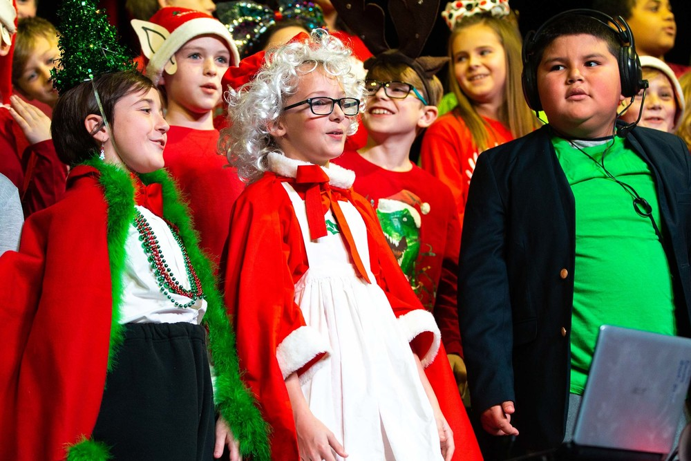 4th Grade Presents Christmas Program