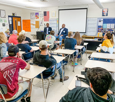 School Hosts Two Government Officials