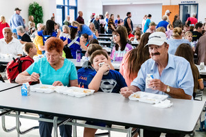 H.L. Lubker Elementary Hosts Grandparents Day